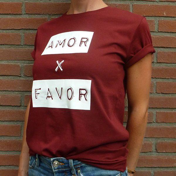 Amor por favor burgundy unisex shirt organic cotton side