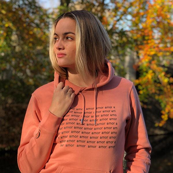 Verantwoord shoppen, biologisch katoenen hoodie amor